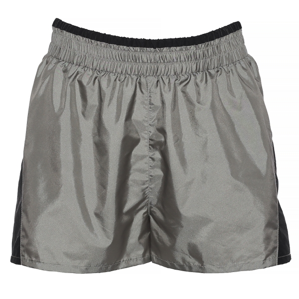 Naiste lühikesed püksid
