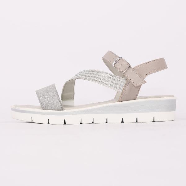 Naiste sandaalid E